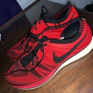 Nike Flyknit Trainer size 10.5